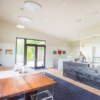 Register-Guard Features Cowhorn Tasting Room